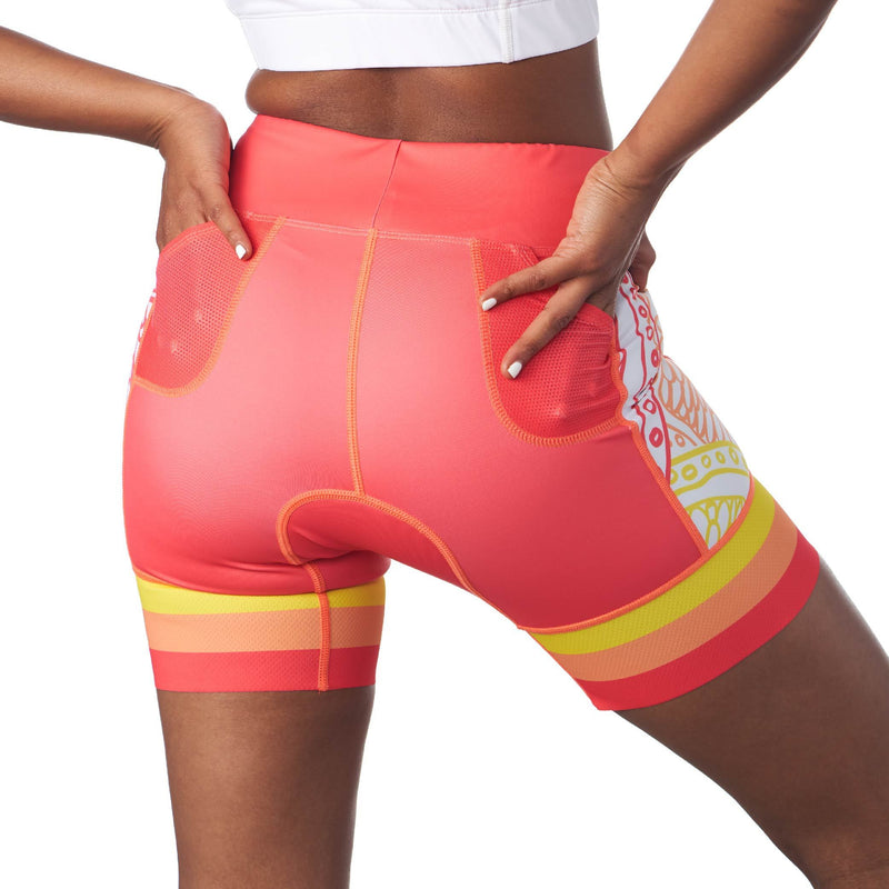"rear view of triathlon shorts with 5"" inseam in a design called citrus"