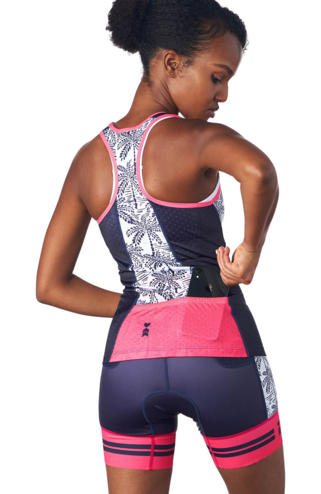 rear view of a triathlon tank top without a shelf bra showing pockets.