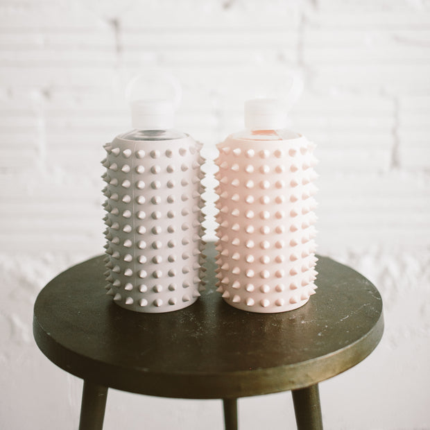 1L SPIKED GLASS WATER BOTTLE