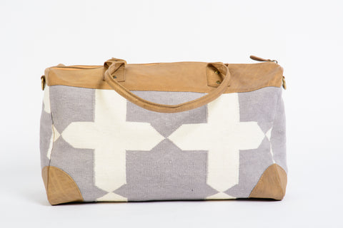 Dhurrie Overnight Bag in Gray and White