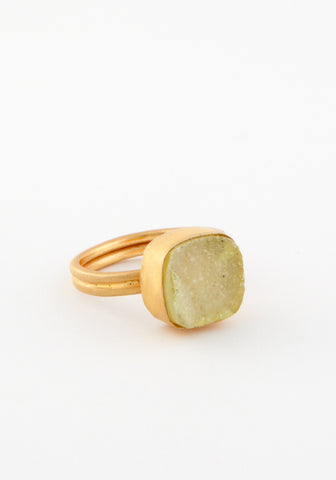 Druzy brass ring