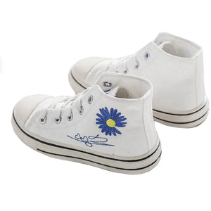 Daisy Chucks, White/Blue
