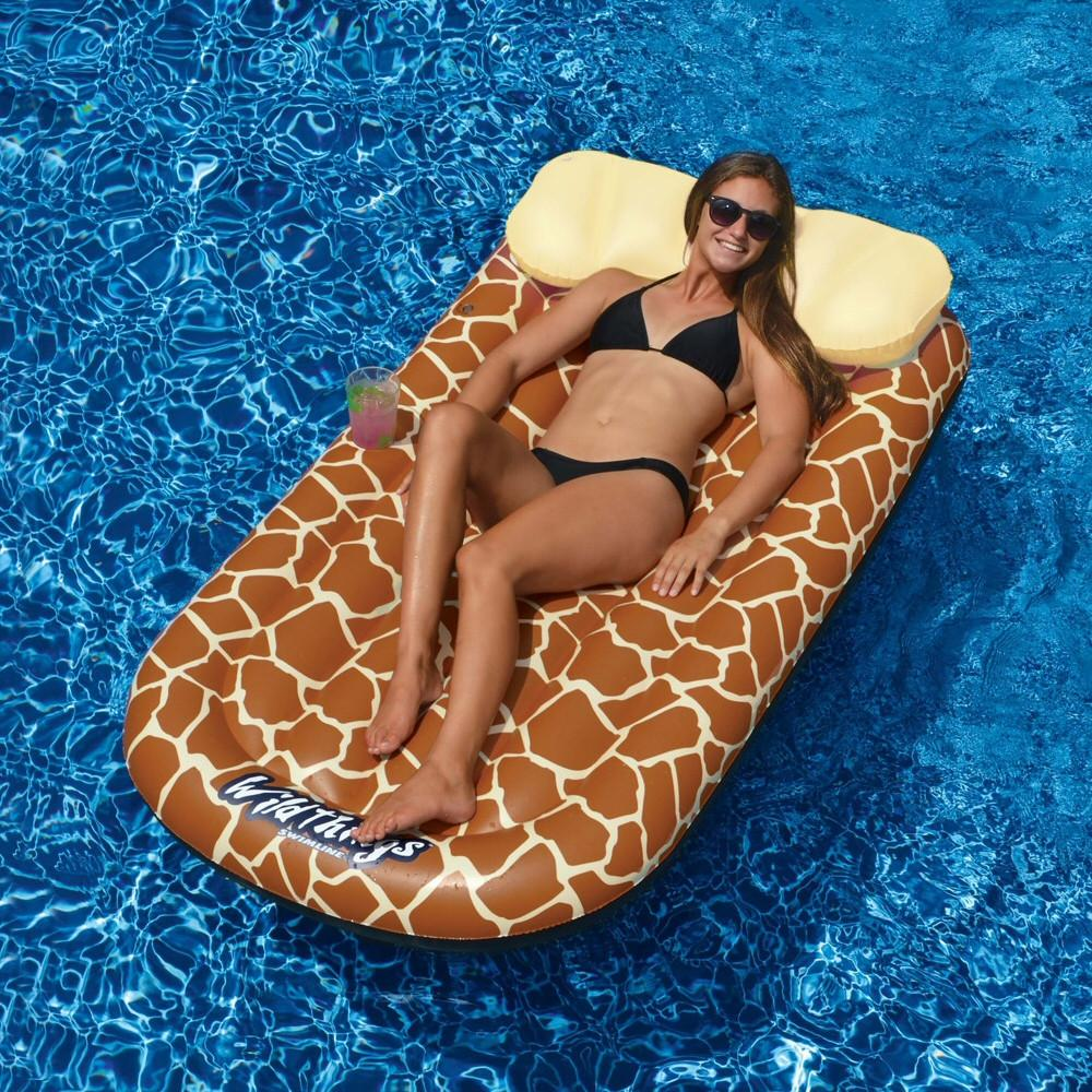Wild Things Giraffe Inflatable Pool Lounge Mat