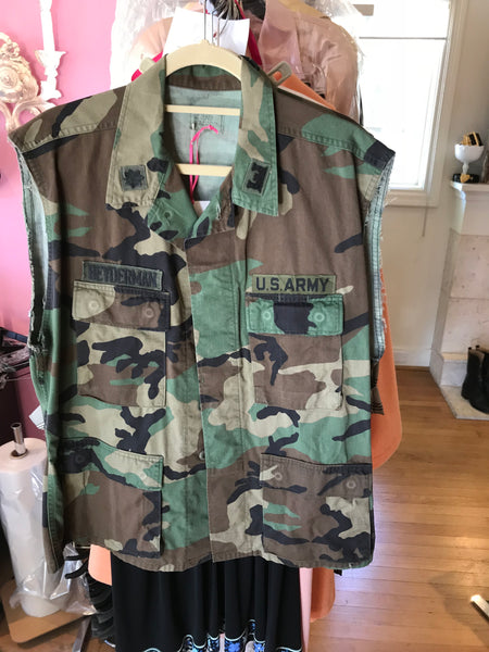 Camo Sleeveless Jacket