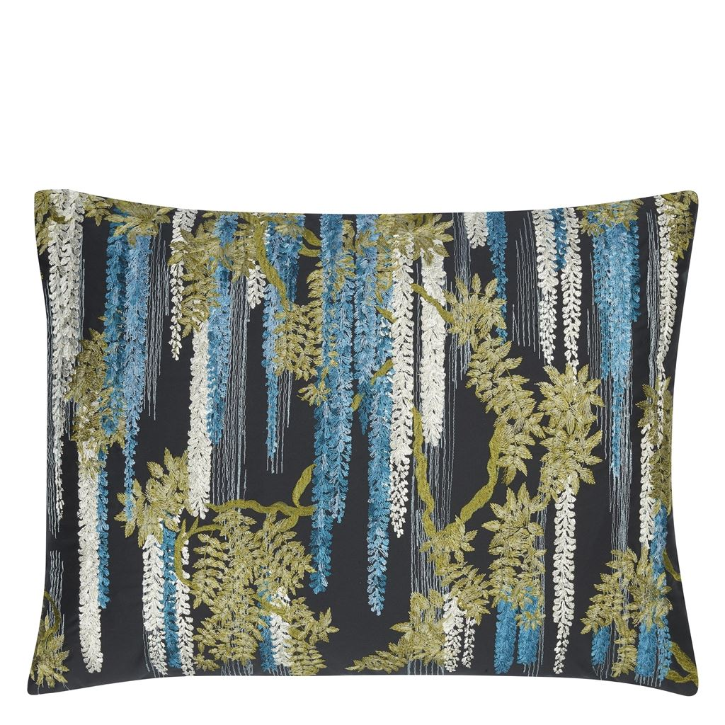 Wisteria Alba Ruisseau Decorative Pillow