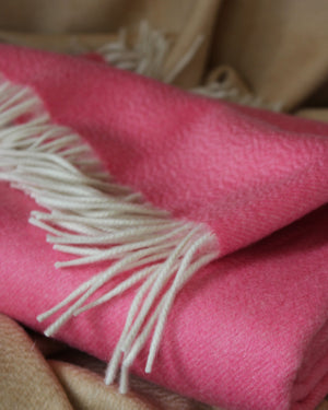 Biella Throw Candy Pink