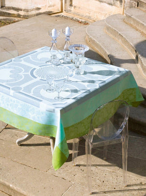 Jardin Royal tablecloth