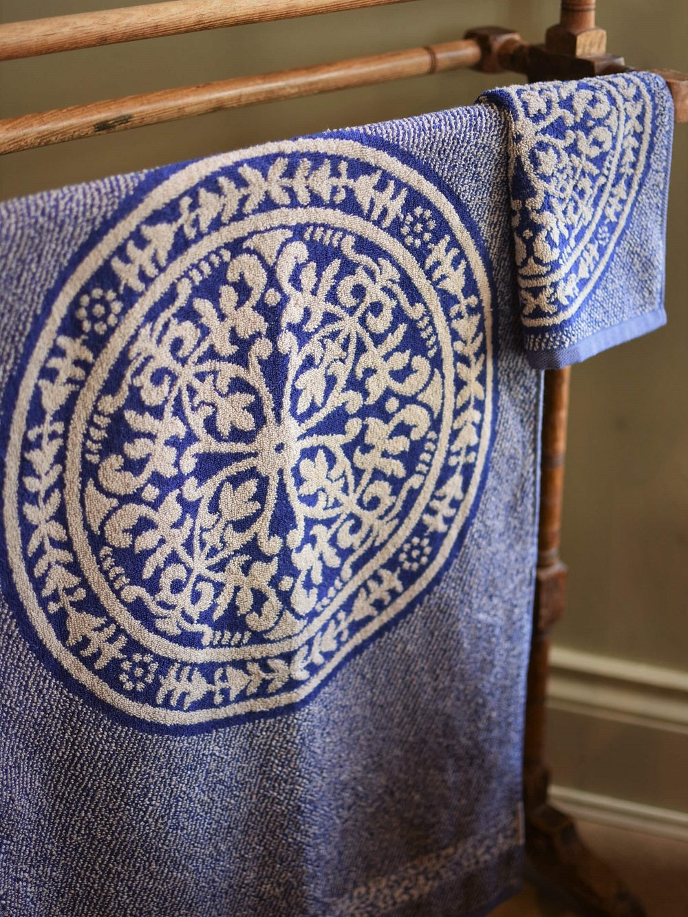 Leitner Medici Navy Blue Towels