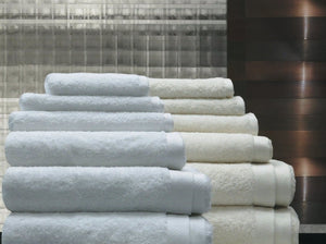 Liscia Towels White and Ivory