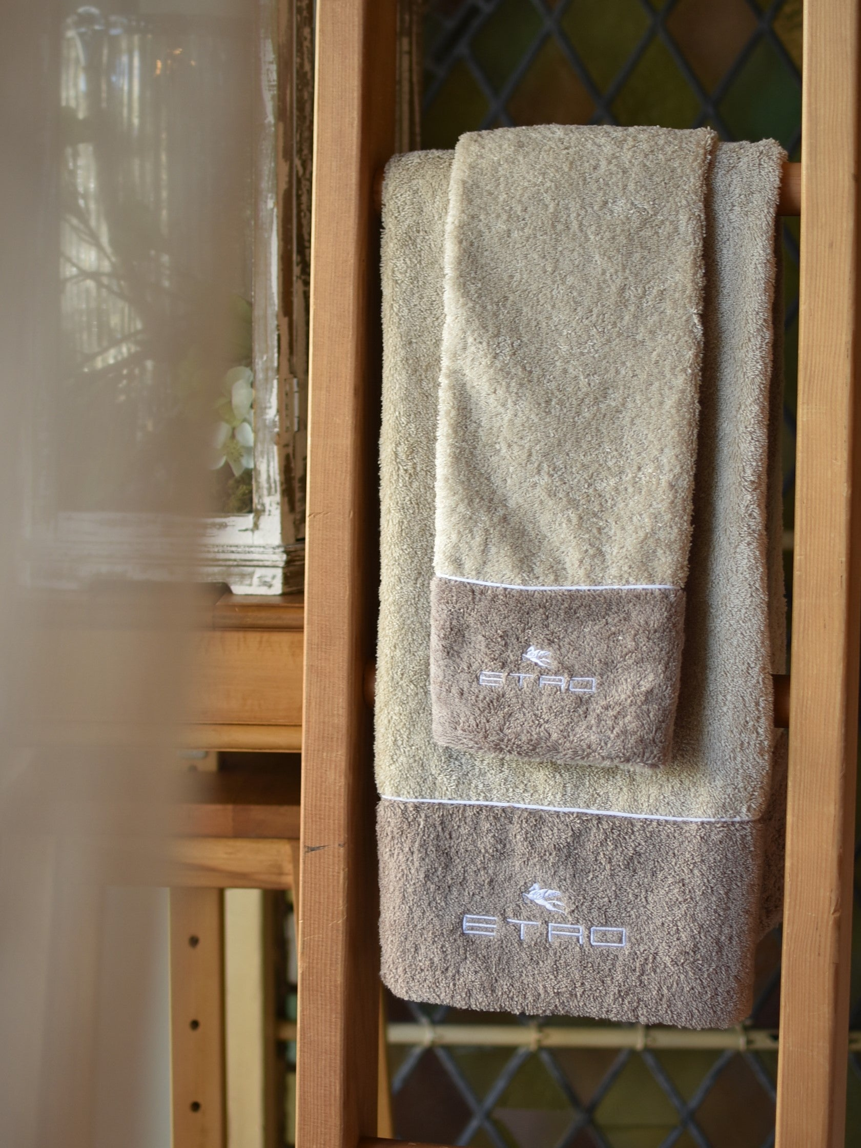 ETRO Taupe Two-tone Towels