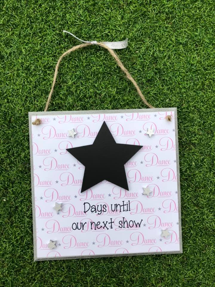 Showtime Countdown Plaque