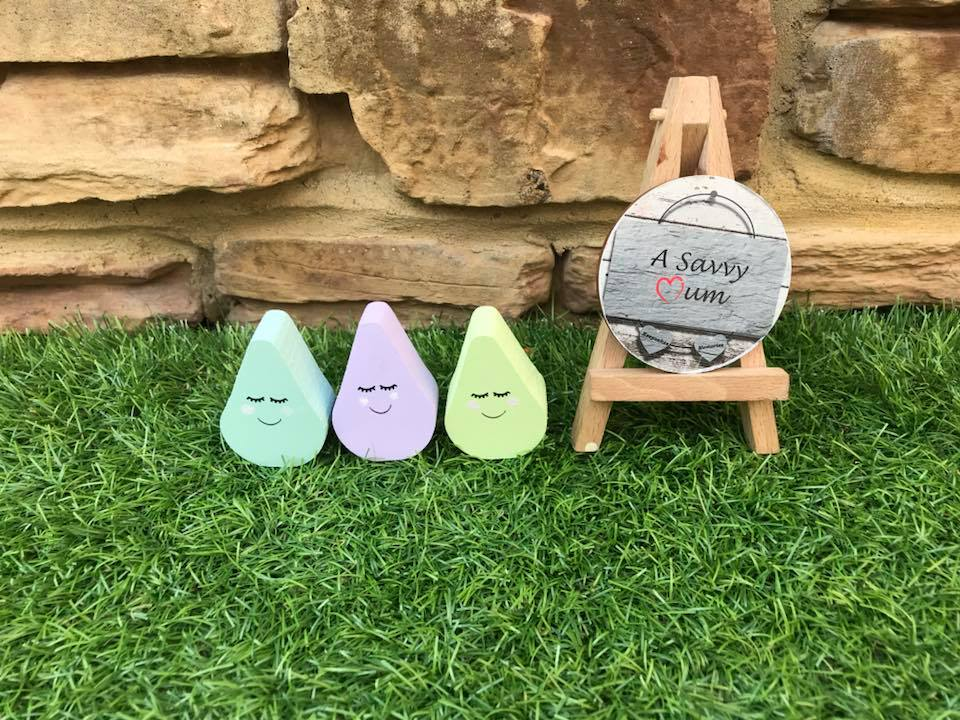 Freestanding Sleepy Mini Raindrops
