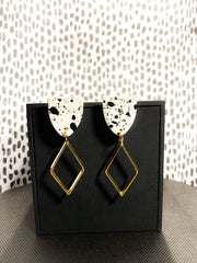 KRIS Black and White Earrings