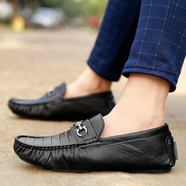 Shoe & Laces® Soft Leather Crocodile Textured Loafers