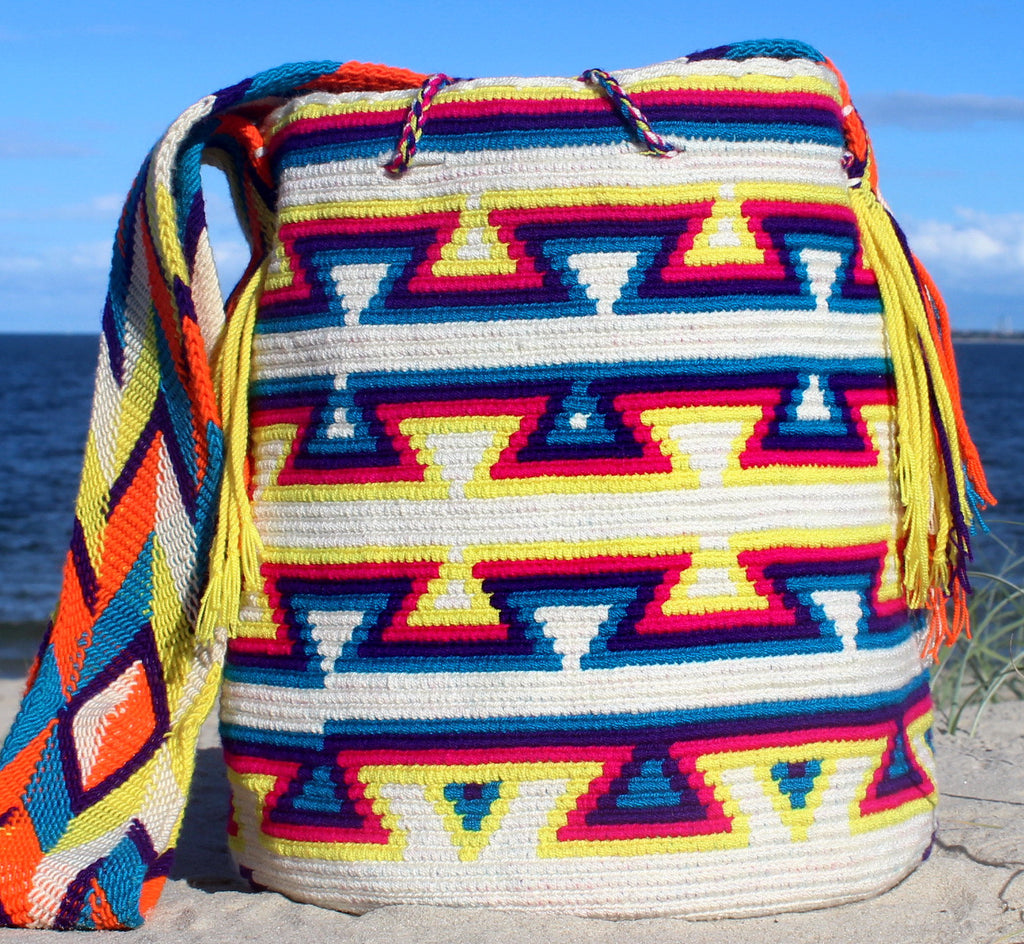 Wayuu Mochila -  Authentic Handmade Wayuu Bag - Clara - MOBOLSO - 1
