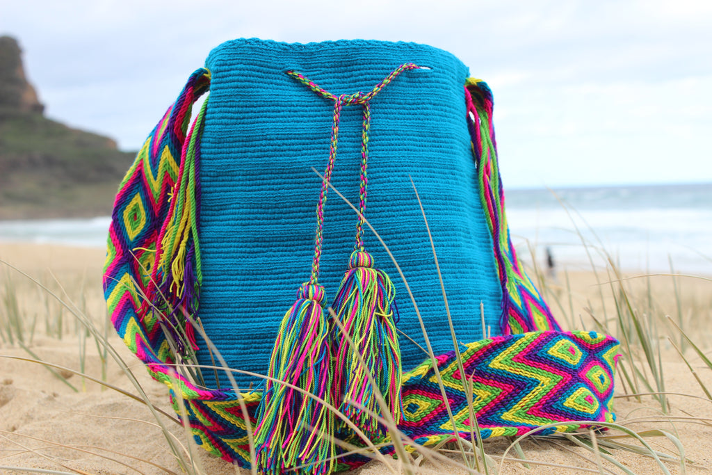 Wayuu Mochila -  Authentic Handmade Wayuu Bag - Electric Blue Single Colour with Patterned Strap - Shoulder Bag - Handmade - One of a Kind - 100% Cotton - MOBOLSO
