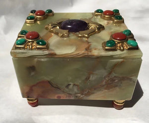 Onyx, Malachite, Carnelian, Amethyst and Red Jasper 'Tuti-Frutti' Box