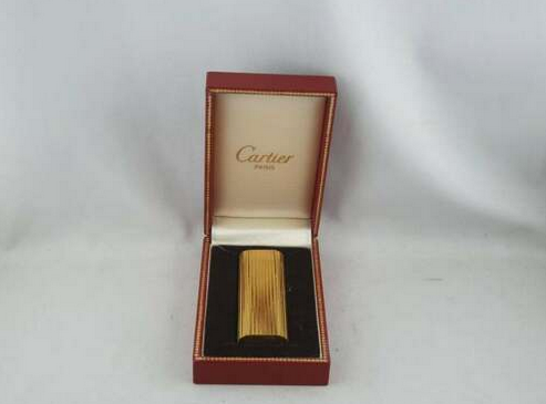 "The Cartier ""with iconic red box"" Gold Plated Vertical Lines Lighter boxed - Fully Serviced"