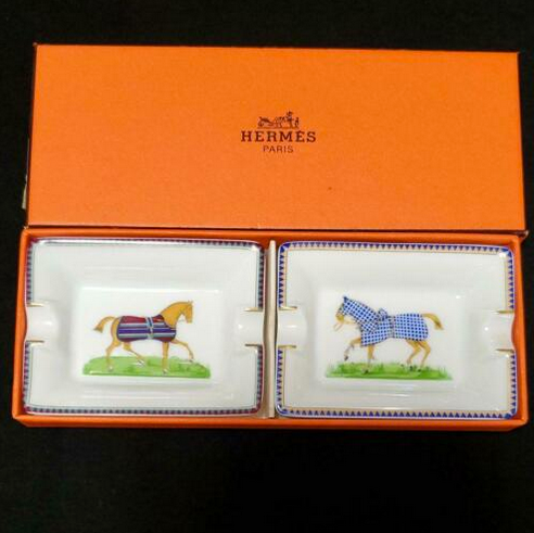 HERMES Paris Ashtray Horses Authentic Set of 2 Mini Cigar Porcelain w/Box