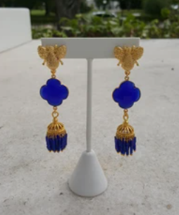 BEE TASSELS WITH NAVY AND GOLD BANDED CHALCEDONY
