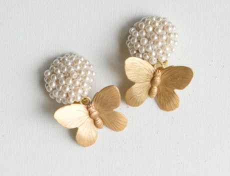 BUTTERFLYS & PEARL EARRINGS