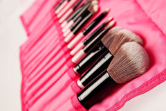 Charm Pretty in Pink 14-Pc Vegan Makeup Brush Set