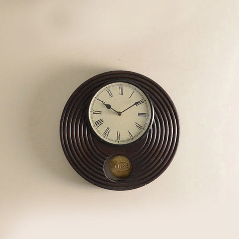 Brown Wooden Round Pendulum Clock - FOLKBRIDGE.COM | Buy Gifts. Indian Handicrafts. Home Decorations.