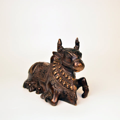 Sitting Nandi Figurine in Brass - FOLKBRIDGE.COM | Buy Gifts. Indian Handicrafts. Home Decorations.