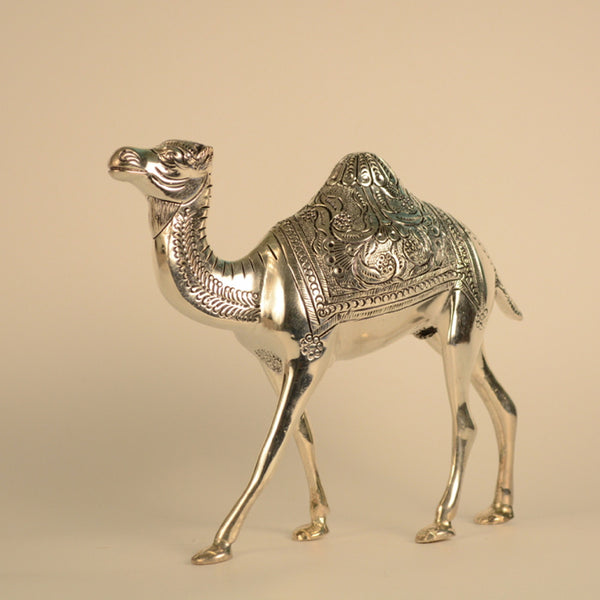 white metal silver camel figurine folkbridge. Black Bedroom Furniture Sets. Home Design Ideas