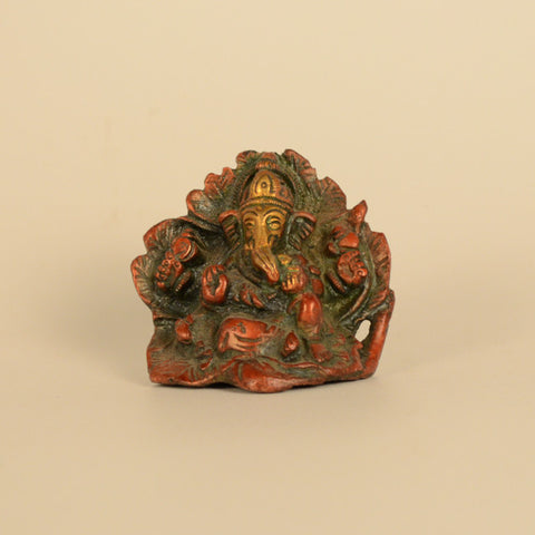 Multicolored Ganesh Idol on Leaves - FOLKBRIDGE.COM | Buy Gifts. Indian Handicrafts. Home Decorations.