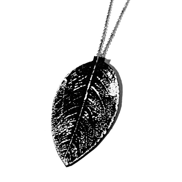 recycle leather leaf necklace