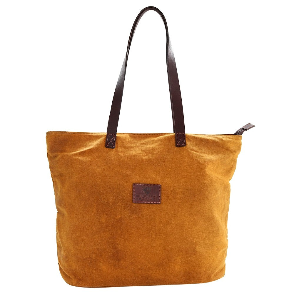 This bright canvas tote bag is a stylish colour pop of mustard. Need the perfect travel accessory? Shop at Eclectic Hound for high-quality, gorgeous travel luggage. Click to view the stunning collection.