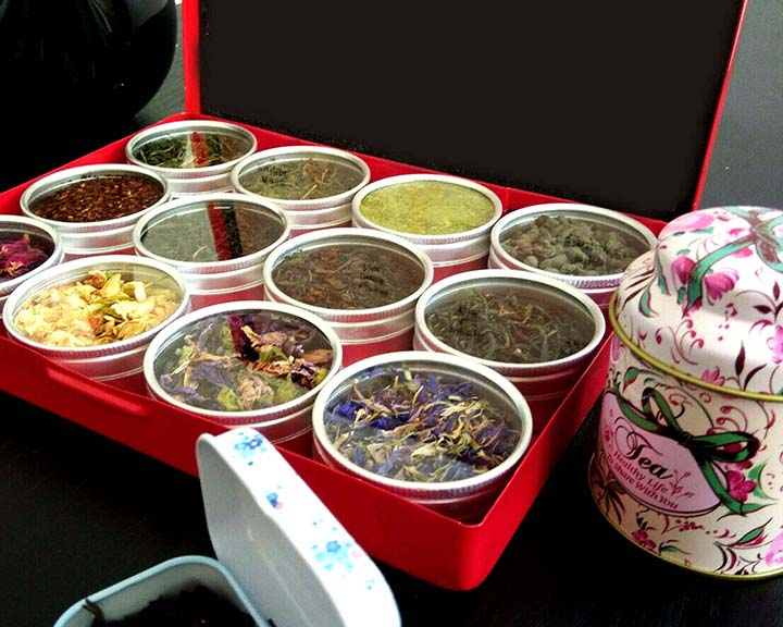 Loose Leaf Tea - 12pc Colored Metal Box