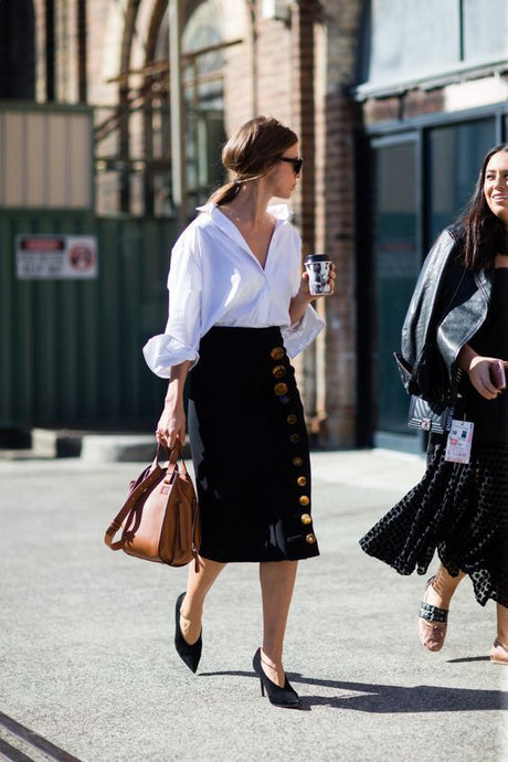 IT LOOKS | The Power of the Midi Skirt in #10 Looks