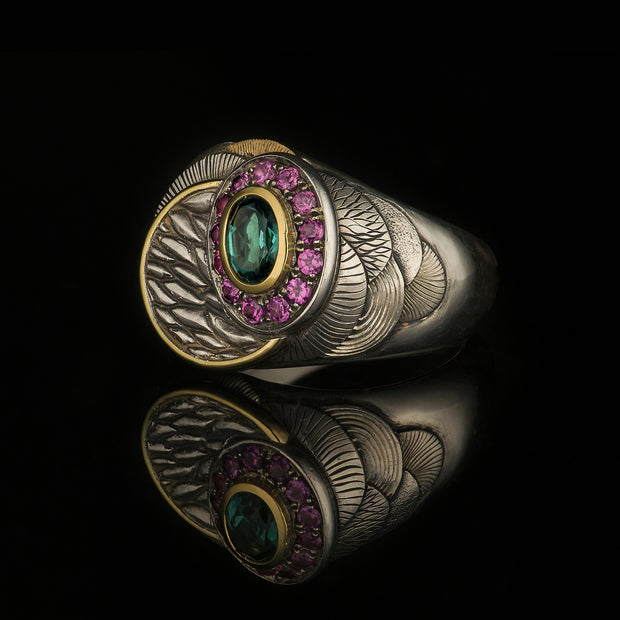 Layer ring with tourmaline and garnets