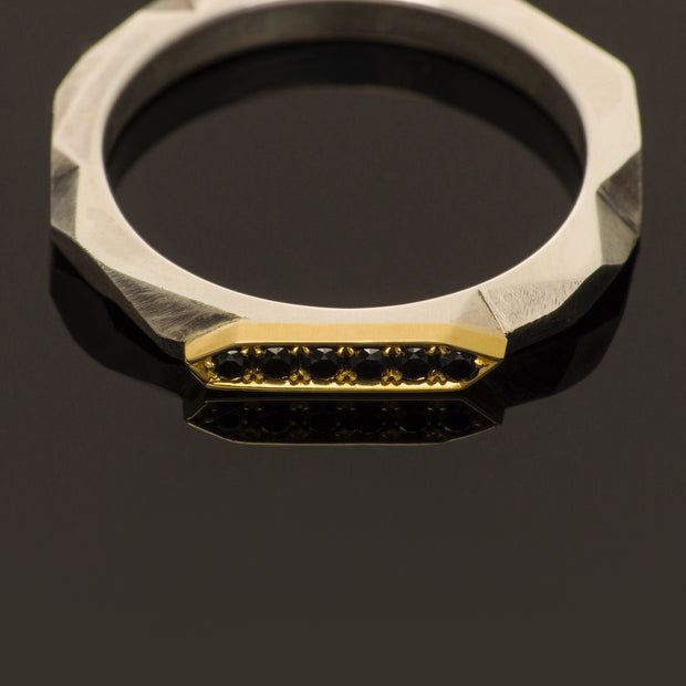 Black diamond faceted band