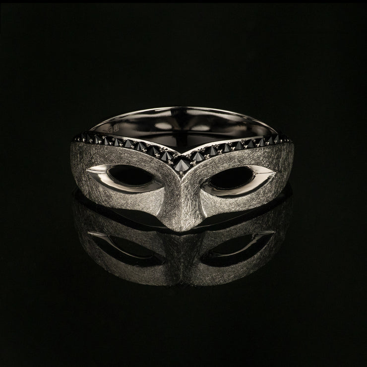 celtic mask ring in platinum with black diamonds