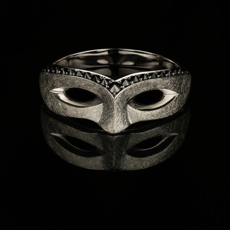 Black diamond Mask ring