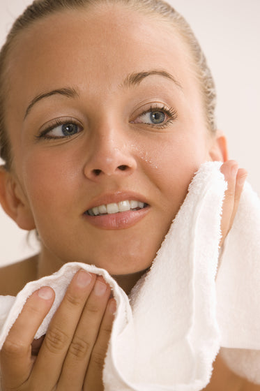 Oil Cleansing + Exfoliation can change the biology of the skin... and turn back the hands of time!