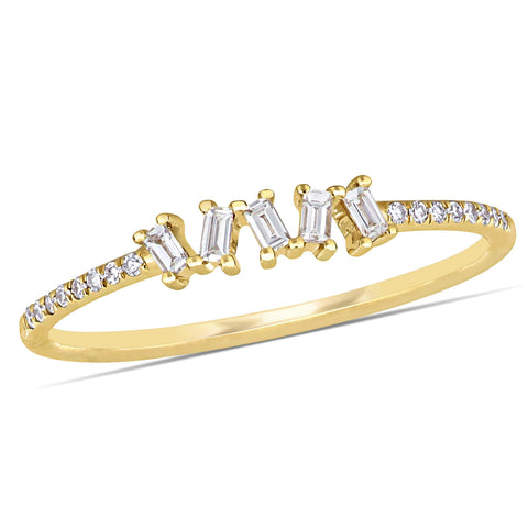 1/6 CT TW Baguette & Round Diamond Ring in 14k Yellow Gold