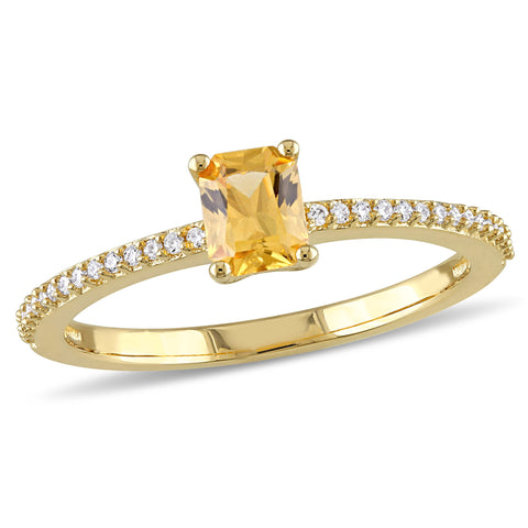 1/10 CT TW Diamond and Yellow Sapphire Solitaire Ring in 14k Yellow Gold