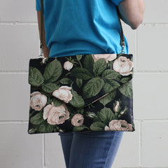 FLORAL ENVELOPE / BLACK-PINK