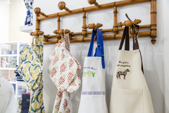 Aprons & oven mitts make the perfect gifts