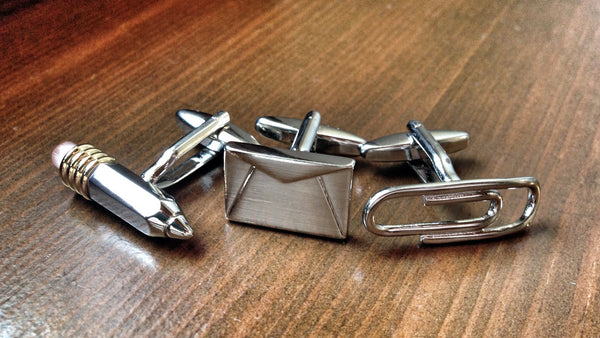 Writing Segregation Cufflink Set