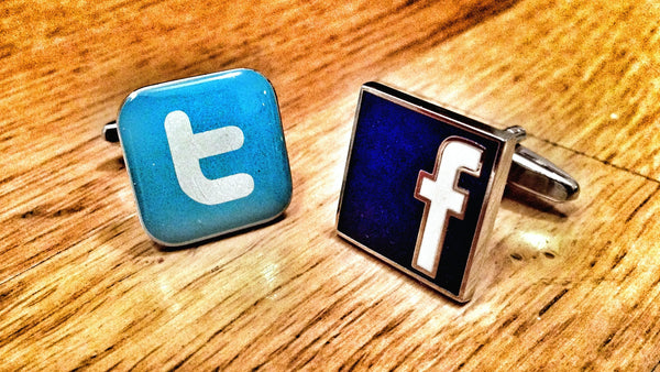 Twitter vs Facebook Cufflinks