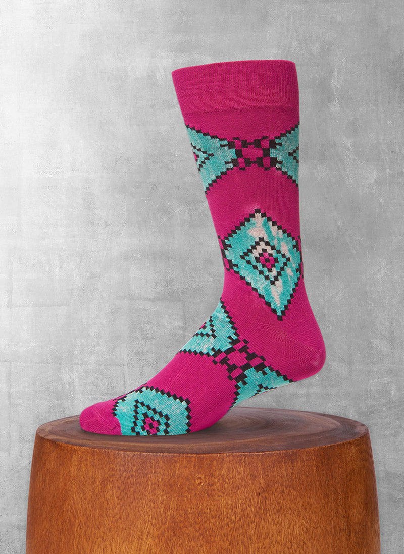 Stonewashed Aztec Diamond Sock in Burgundy