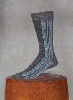 Pigmento Vertical Stripe Sock in Black