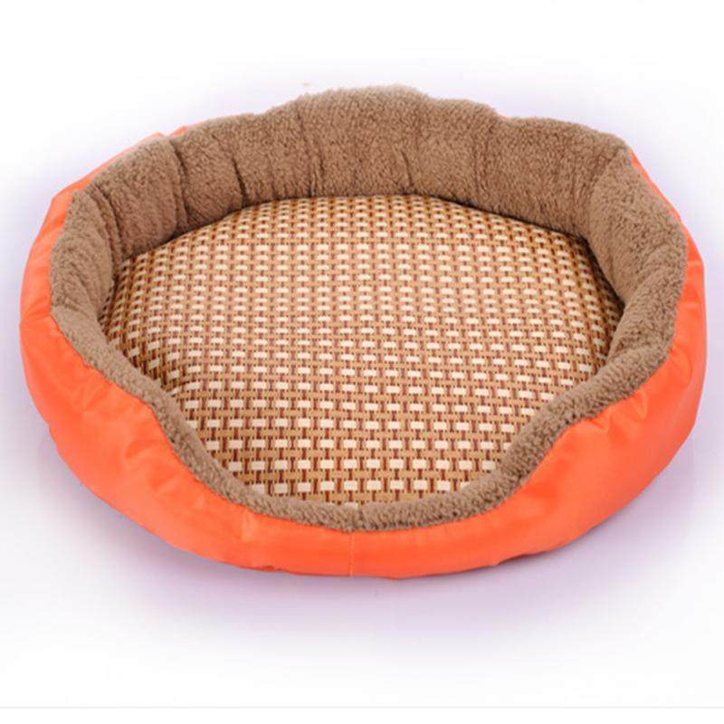 Oval Shape Cozy Dog Bed