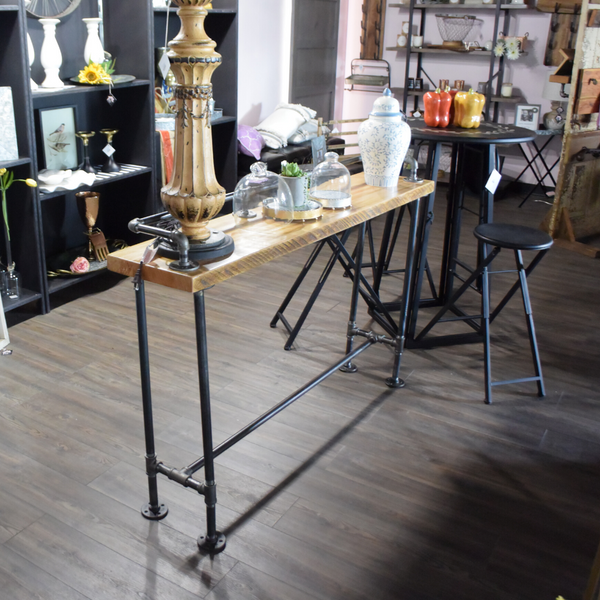 Delight In Designs-Stylizing Spaces Blog-Cute Decor For A Proud Michigander-Cast Iron Table