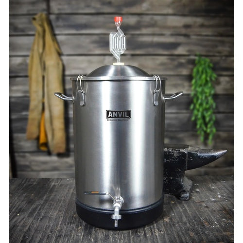 7.5 Gallon Anvil Stainless Steel Conical Bucket Fermenter